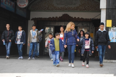 Деца сираци