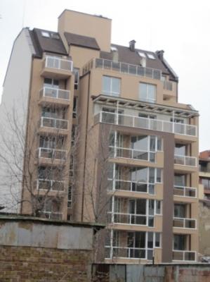 Задна фасада сграда ул. Перник